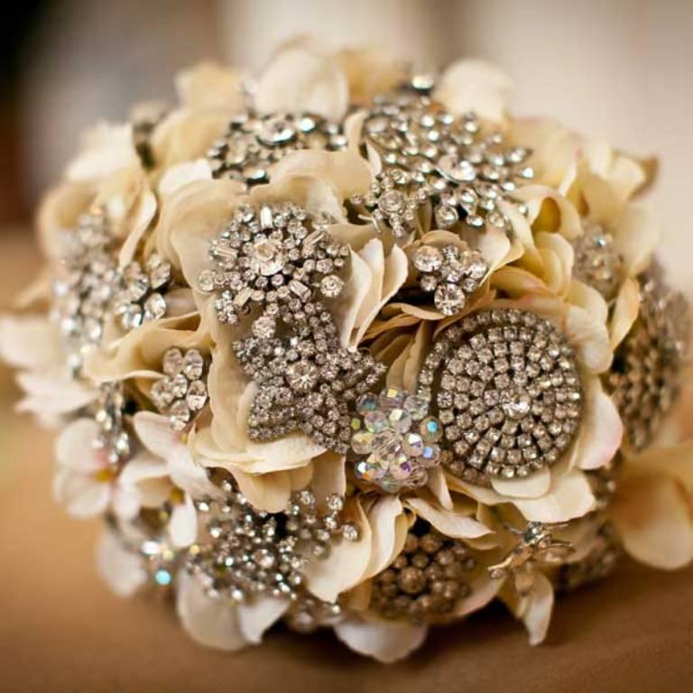 brooch-bouquet. 25 Fabulous Bridal Brooch jewelry Bouquets