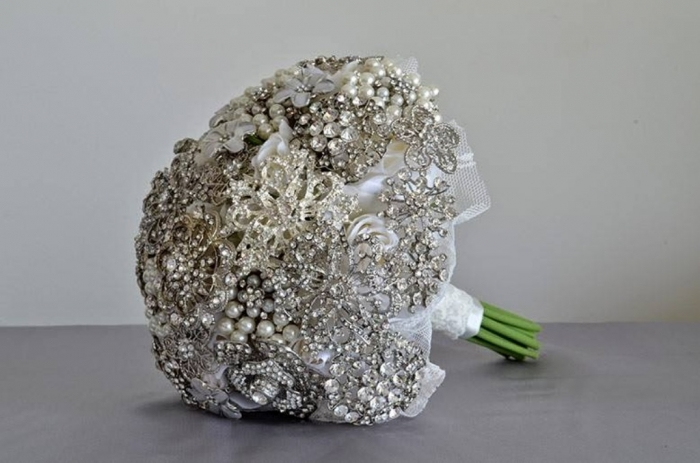 brooch How to Design Your Brooch Bouquet