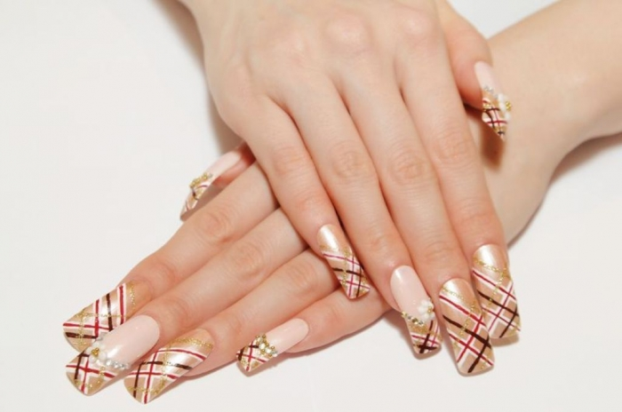 gel-nails-jewelry_zoom 10 Reasons You Must Use Gel Nails in 2019