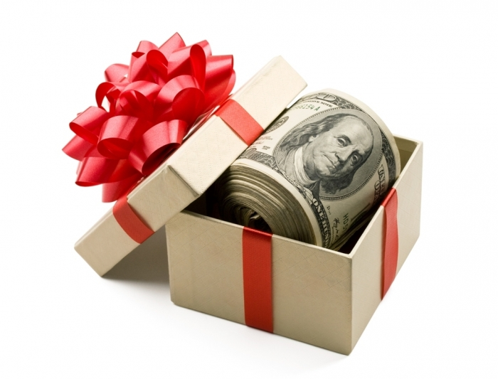 giftgiving How to Find the Perfect Wedding Gift