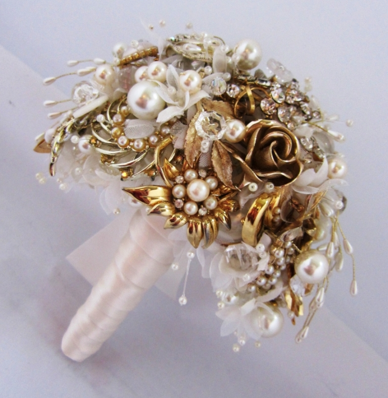 gold-tone-waterfall-posy 25 Fabulous Bridal Brooch jewelry Bouquets