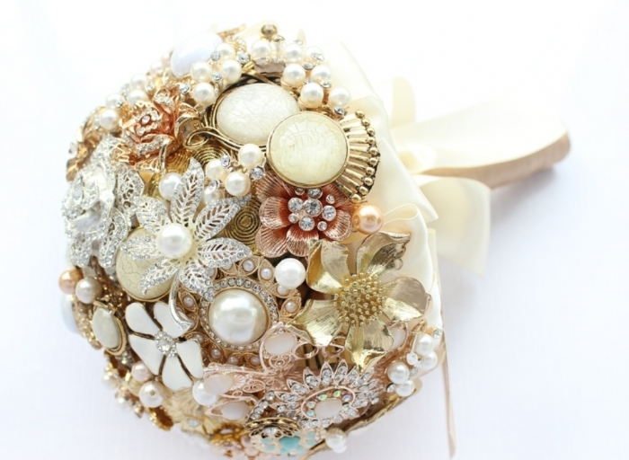 gold-wedding-broocheswedding-brooch-bouquet-green-teal-black-pearl-gold-bridal-fxrpfjap How to Design Your Brooch Bouquet