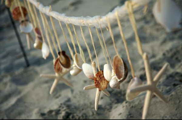 il_fullxfull.201619038 7 Tips On Choosing Beach Wedding Accessories