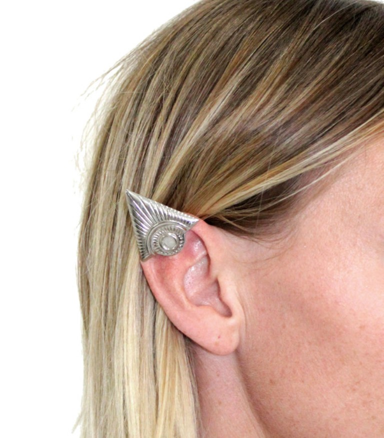 illuminate-elf-ear-cuff-litter-jewelry-fashion-by-he 25 Pieces of Body Jewelry to Enhance Your Body's Beauty