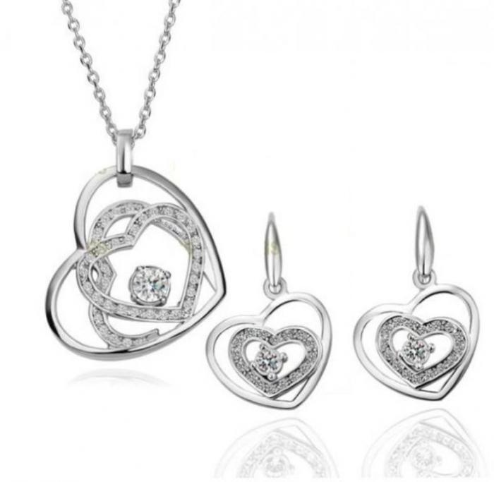 item_XL_6321460_3609929 Why Do Women Love Heart Jewelry?