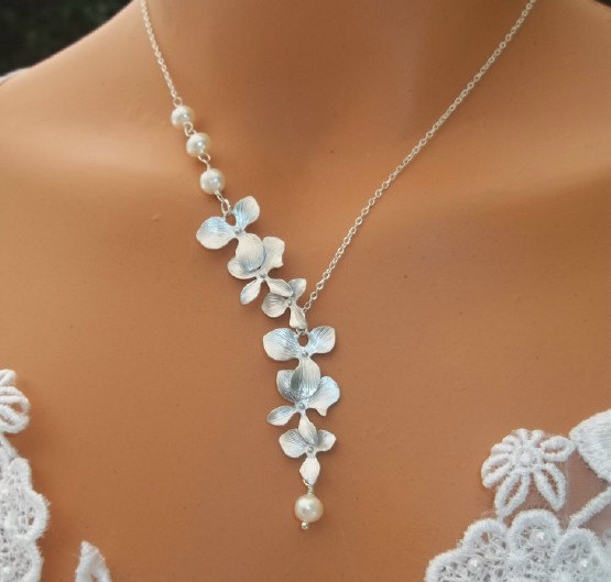neklace-bridal-beauty-10-Best-Jewelry-Bridal-Necklace-for-Weddings 25 Unique Necklaces For The Bridal Jewelry