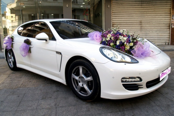 panamera2 How to Choose the Right Wedding Car