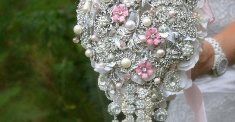 Photo of How to Design Your Brooch Bouquet