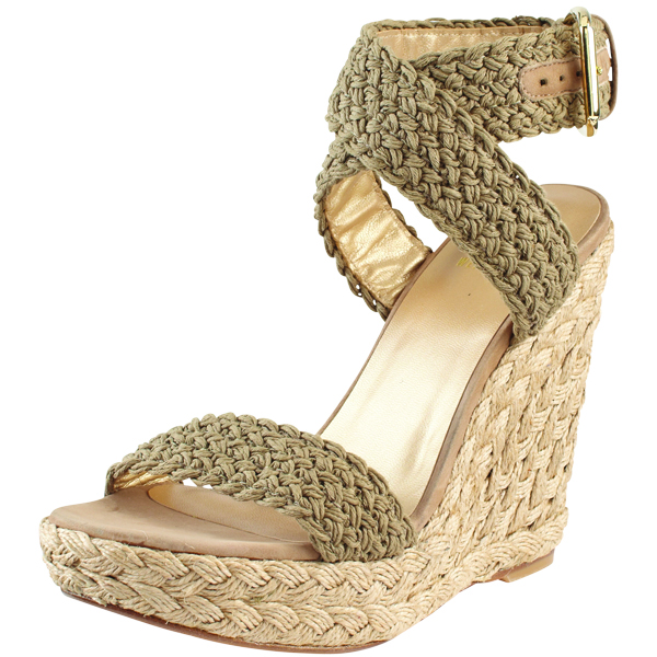 stuart-weitzman-wedge 7 Tips On Choosing Beach Wedding Accessories