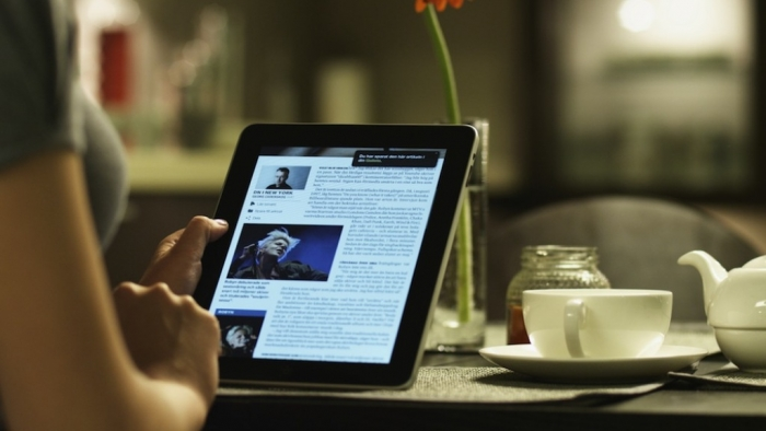 tablet-reading Top 10 Trends in the Newspaper Industry