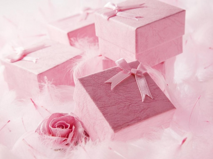 wedding-gift How to Find the Perfect Wedding Gift