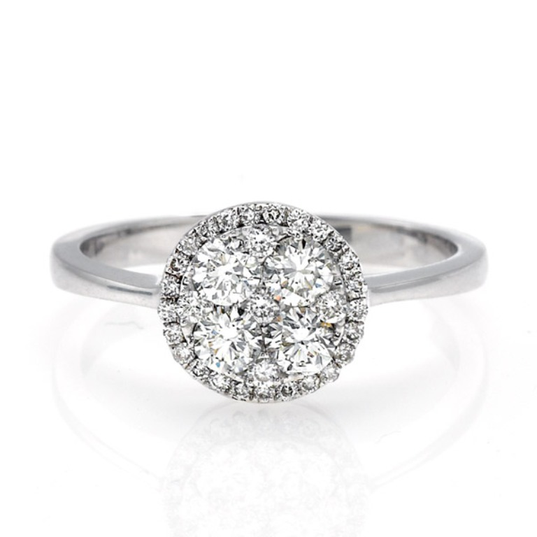 00-2274 Cluster Engagement Rings for Those who Are on a Budget