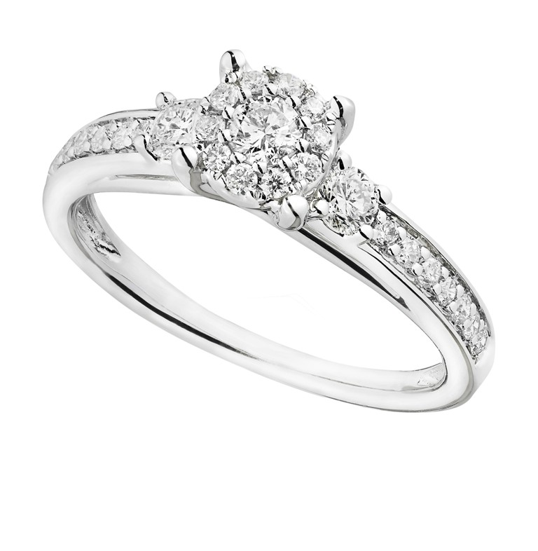 0393052_1 Cluster Engagement Rings for Those who Are on a Budget