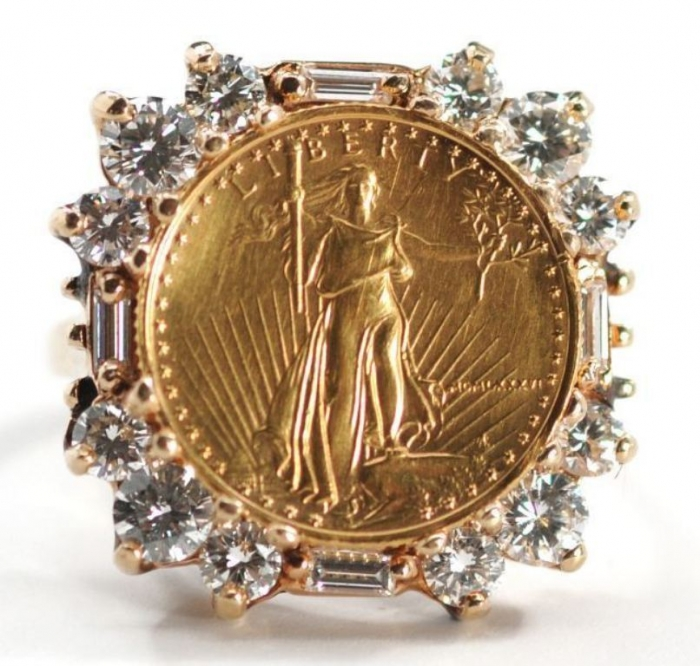 11 25 Unique & Fashionable Coin Jewelry Pieces