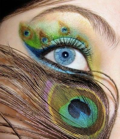 1234861_296308167173862_836050118_n How to Wear Eye Makeup in six Simple Tips
