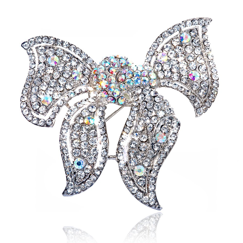 1344086586-41997500 Complete Your Look and Prove Yourself with Brooches and Pins