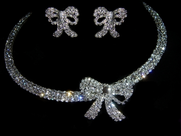 1402405773494 How to Take Care of Your Diamond Jewelry