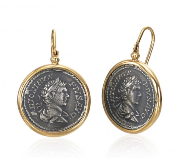 1884-collection-coin-jewelry-188504SYER1M 25 Unique & Fashionable Coin Jewelry Pieces