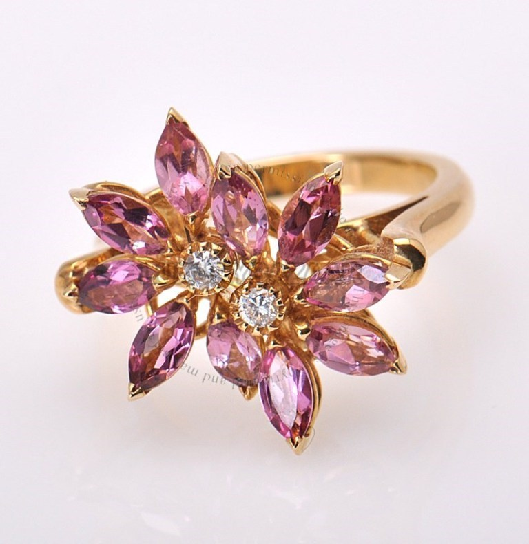 18K_YG_Diamond_Pink_Topaz_Daisy_Ring_1009710_01 Pink Topaz Jewelry as a Romantic Gift