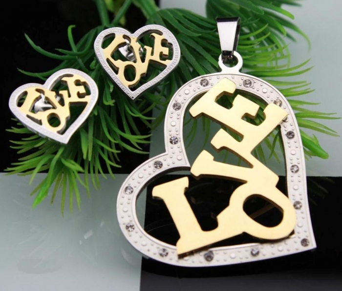 20130821121052999669 30 Everlasting & Affordable Stainless Steel Jewelry