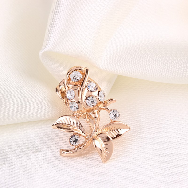 2014-New-Fashion-Jewelry-Gold-font-b-Silver-b-font-Little-Brooch-Pins-Rhinestone-Rose-Flower Complete Your Look and Prove Yourself with Brooches and Pins