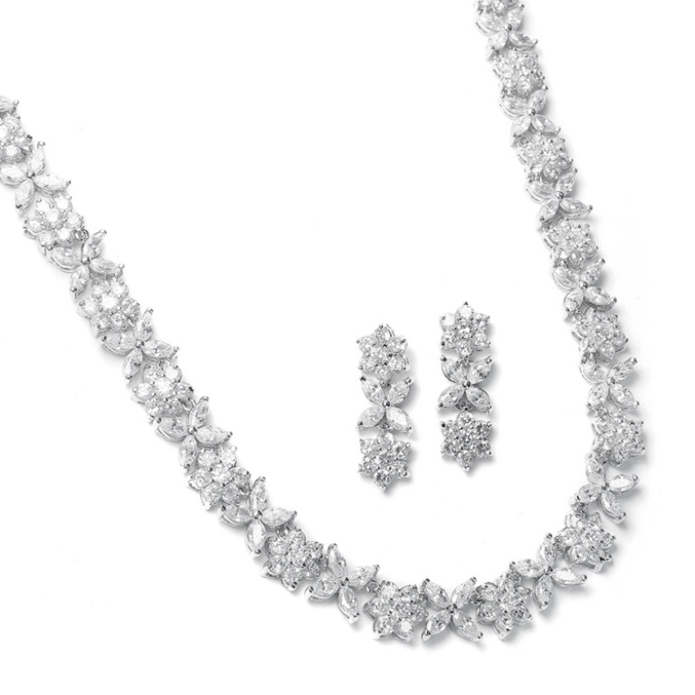 2020S-2 How to Choose Bridal Jewelry for Enhancing Your Beauty