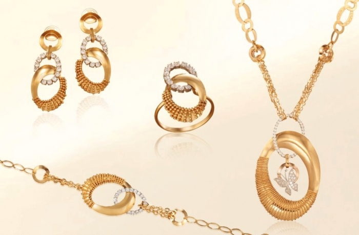 30947_2088523637953559_1292356466_n White & Yellow Gold, Which One Is the Best?