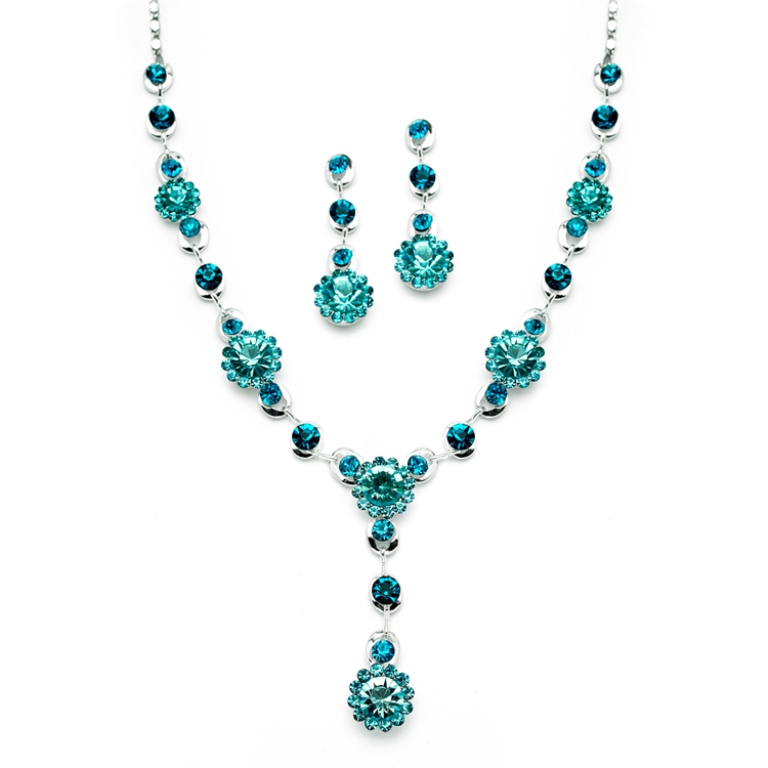 4152S_TE_2__08442.1393871554.1280.1280 How to Choose the Right Wedding Jewelry for Your Bridesmaids