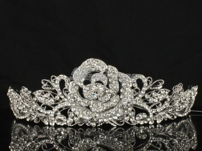 452452445 Be Like a Queen with Your Crown [79 Newest Trends...]