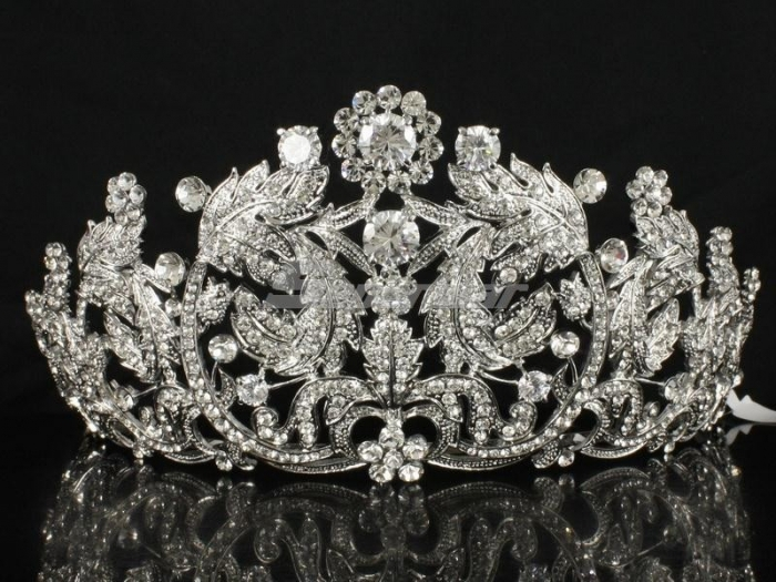 452853571_o Be Like a Queen with Your Crown [79 Newest Trends...]