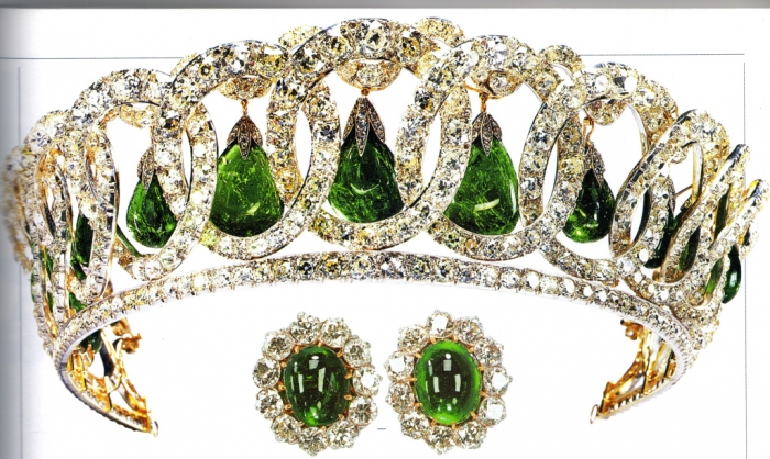 5416456456 Be Like a Queen with Your Crown [79 Newest Trends...]