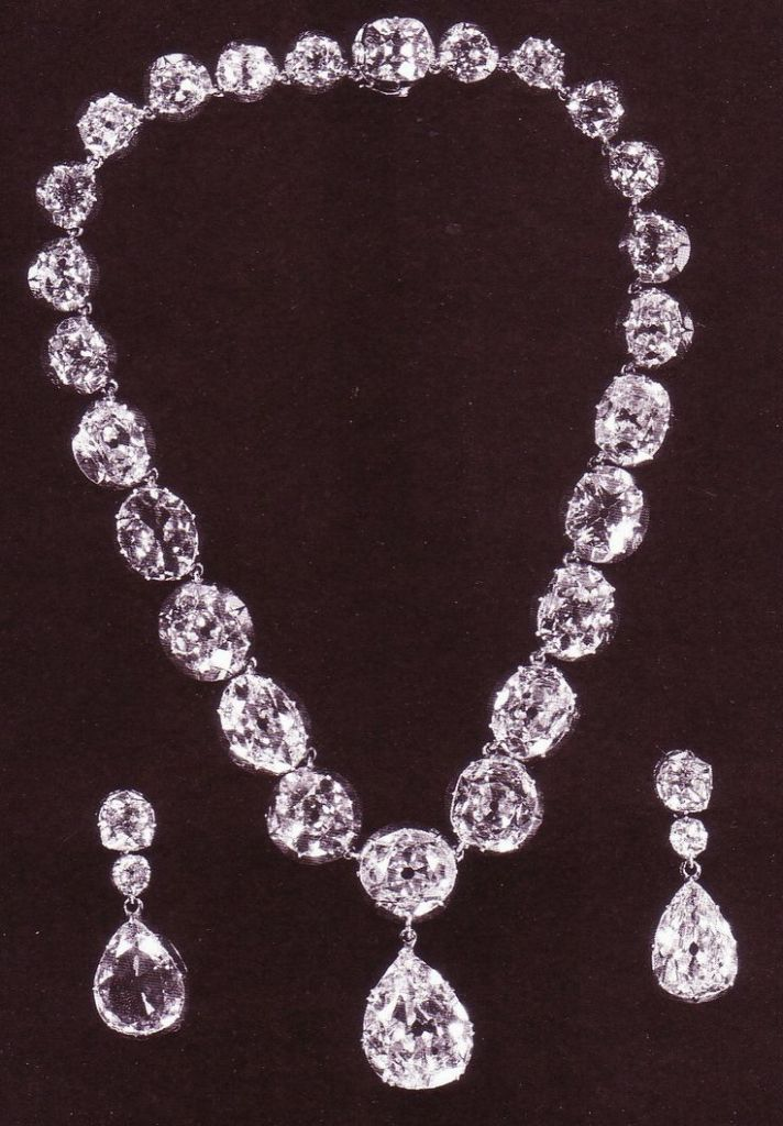 6371a23c96d32719d78ce94b13b9ac31 25 Victorian Jewelry Designs Reflect Wealth & Beauty