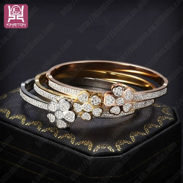 693525036_634 How to Clean Your Stainless Steel Jewelry