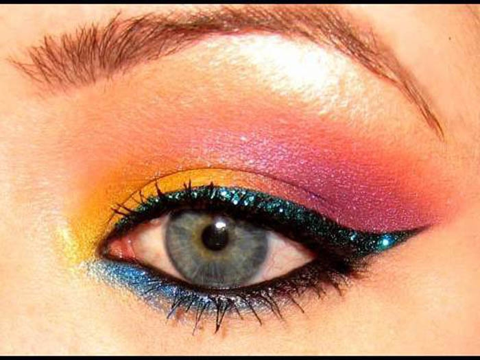 80s-Eye-Makeup-Ideas How to Wear Eye Makeup in six Simple Tips