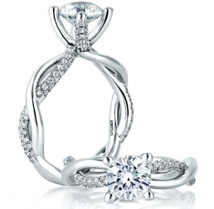 A-Jaffe-Engagement-Rings-5-062213 Easy Tricks to Make Your Diamond Look Larger