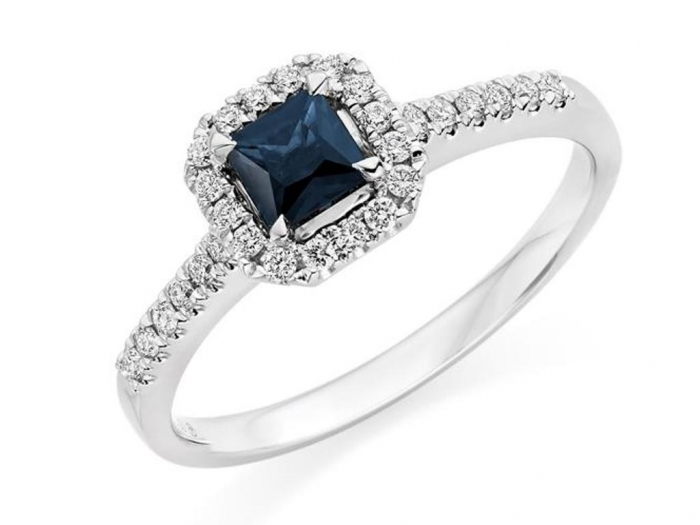 A21CE7A1AD1C7A0D3EC1A50711367_h498_w598_m2 Cluster Engagement Rings for Those who Are on a Budget