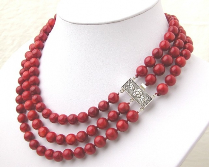 Beautiful-3-Strands-Red-Coral-Necklace-S925-Clasp Coral Jewelry as a Magnificent Type of Jewelry from the Sea