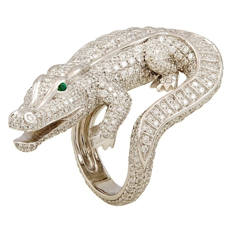 CARTIER-Diamond-Emerald-Alligator-Ring-Photo-courtesy-of-Yafa Why Do Rings Turn My Finger Green?