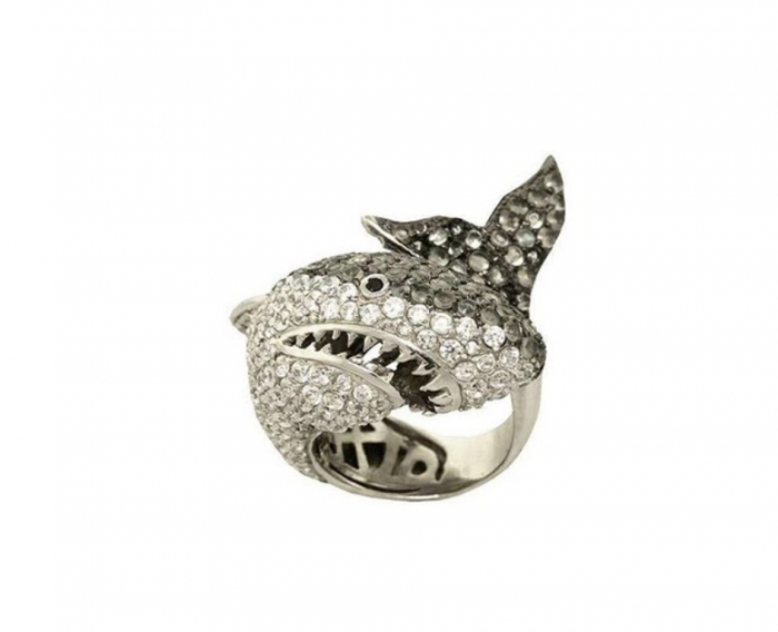 Creative-luxury-rings-from-noir-jewelry-in-shark-style How to Tell Real Jewelry from Fake