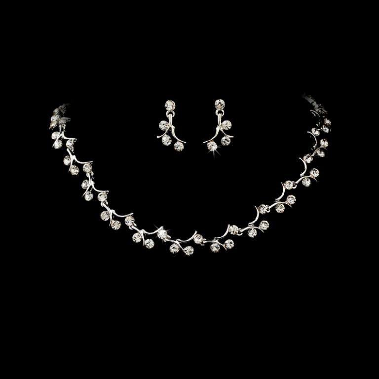 Elegant-Silver-Crystal-Bridal-Jewelry-Set-SA388 How to Choose the Right Wedding Jewelry for Your Bridesmaids