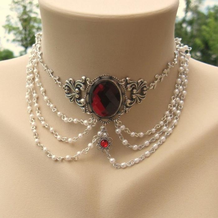 Etsy_Shamble-Ramble 25 Victorian Jewelry Designs Reflect Wealth & Beauty