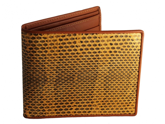 IMG_9045-copy TOP Outstanding & Top-notch Wallets for Your Money