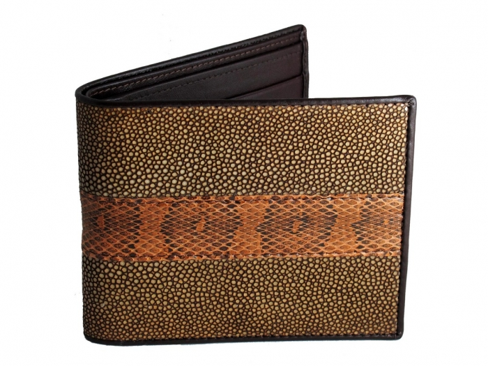IMG_9120-copy TOP Outstanding & Top-notch Wallets for Your Money