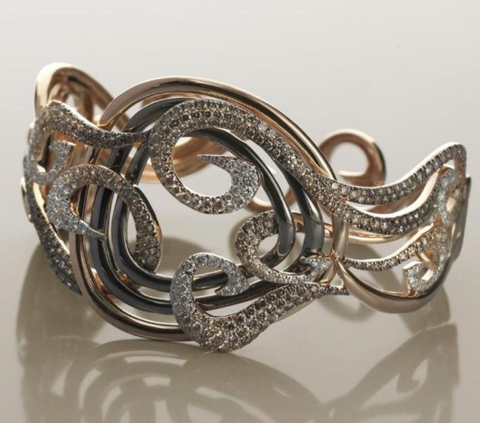 Jewelry-design-4 Discover the Elegance & Magnificence of Italian Jewelry