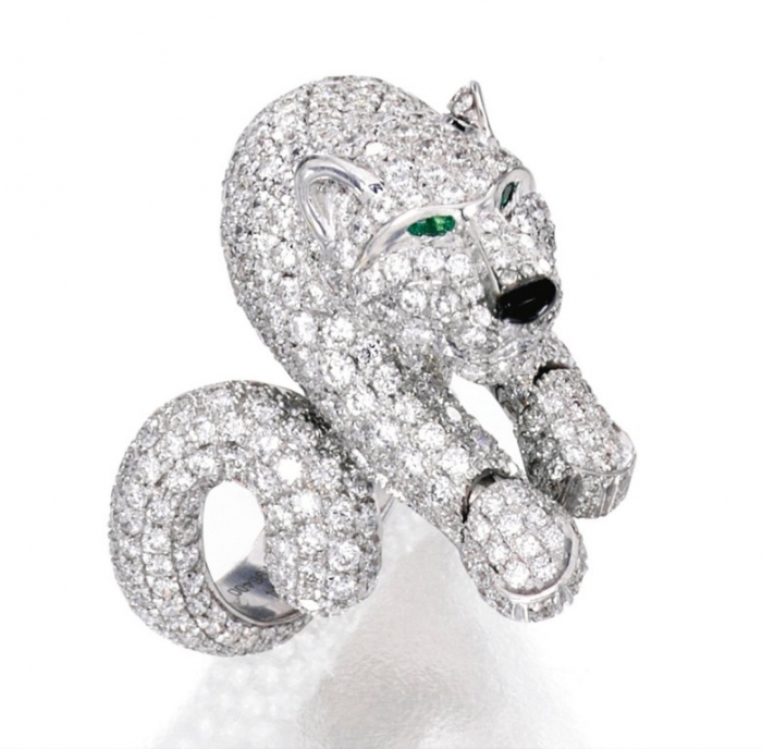 Lot-29-18-KARAT-WHITE-GOLD-DIAMOND-EMERALD-AND-ONYX-PANTHÈRE-RING-CARTIER-FRANCE- Why Do Rings Turn My Finger Green?