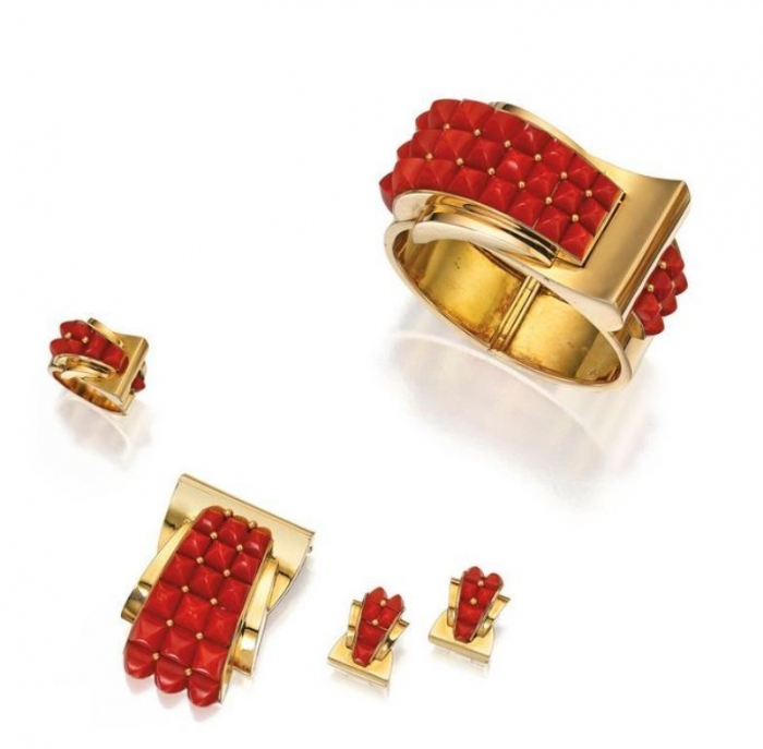 Lot-39-SUITE-OF-18-KARAT-GOLD-AND-CORAL-JEWELRY-CHAUMET-FRANCE Coral Jewelry as a Magnificent Type of Jewelry from the Sea