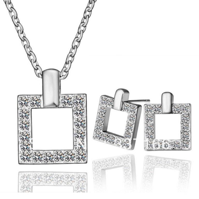 PS185-Fashion-Items-18K-Platinum-White-Gold-Plated-Crystal-Square-font-b-Frame-b-font-Pendant How to Buy Jewelry Online without Losing Money