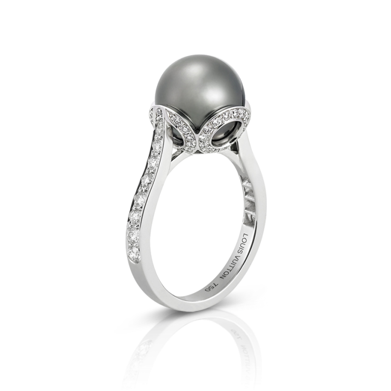 Q9174A_PM2_Front-view How to Take Care of Your Pearl Jewelry