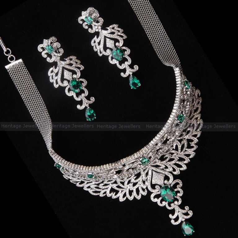 Stunning-Diamond-Jewelry-Sets4 Let's Discover Jewelry Secrets about Gold & Diamonds