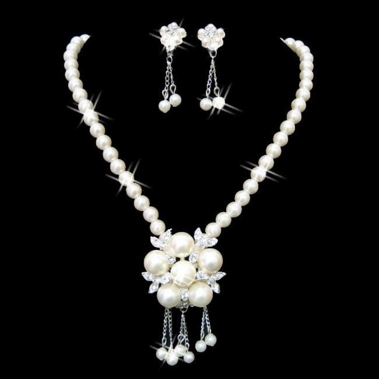 UniqueMotherOfTheBrideJewelrySetsRhinestoneImitationPearlJewelrySetsAlloyWeddingEngagementPearlWhiteTrendsLS53277-0 How to Take Care of Your Pearl Jewelry